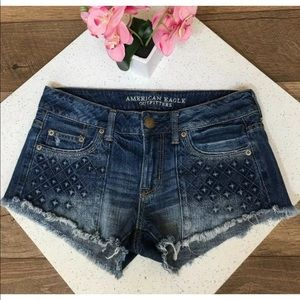 American eagle wedgie cheeky shorts size 2